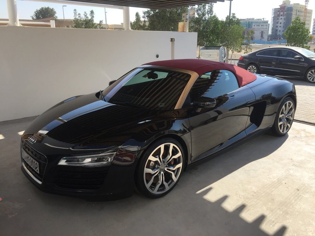 audi 2015 audi r8 v8 spyder only 5600 km for sale exotic occasion autogespot. Black Bedroom Furniture Sets. Home Design Ideas