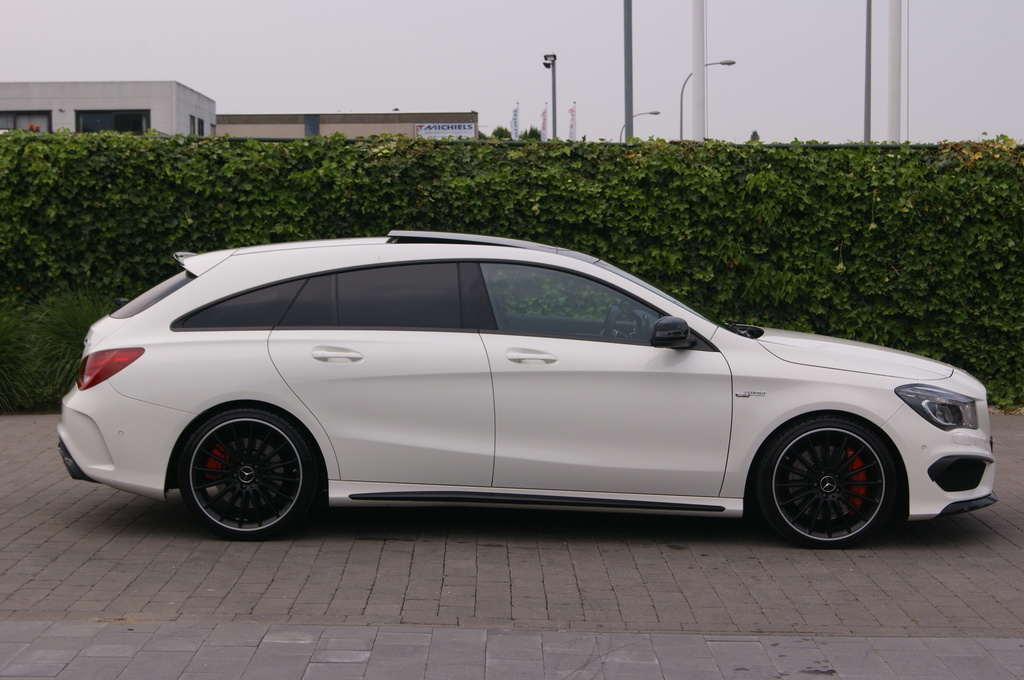 mercedes benz cla 45 amg shooting brake te koop exclusieve occasion autogespot. Black Bedroom Furniture Sets. Home Design Ideas