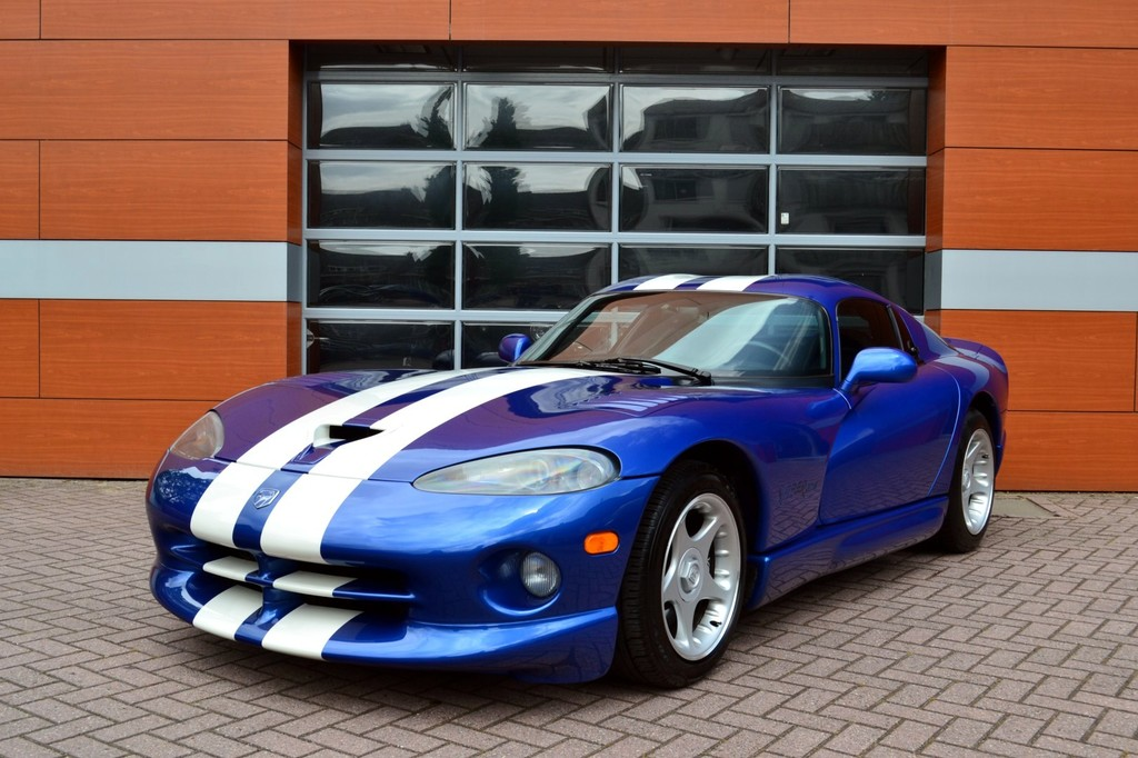 dodge viper gts vendre voiture exclusive d 39 occasion autogespot. Black Bedroom Furniture Sets. Home Design Ideas