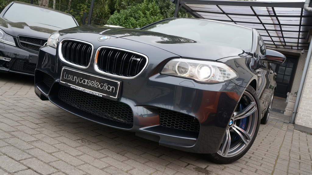 BMW M5 F10 2011 For Sale • Exotic Occasion