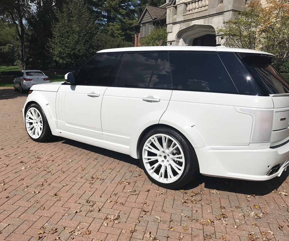 Land Rover Range Rover Lumma CLR R For Sale • Exotic