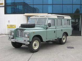 Land Rover Defender 109 SW
