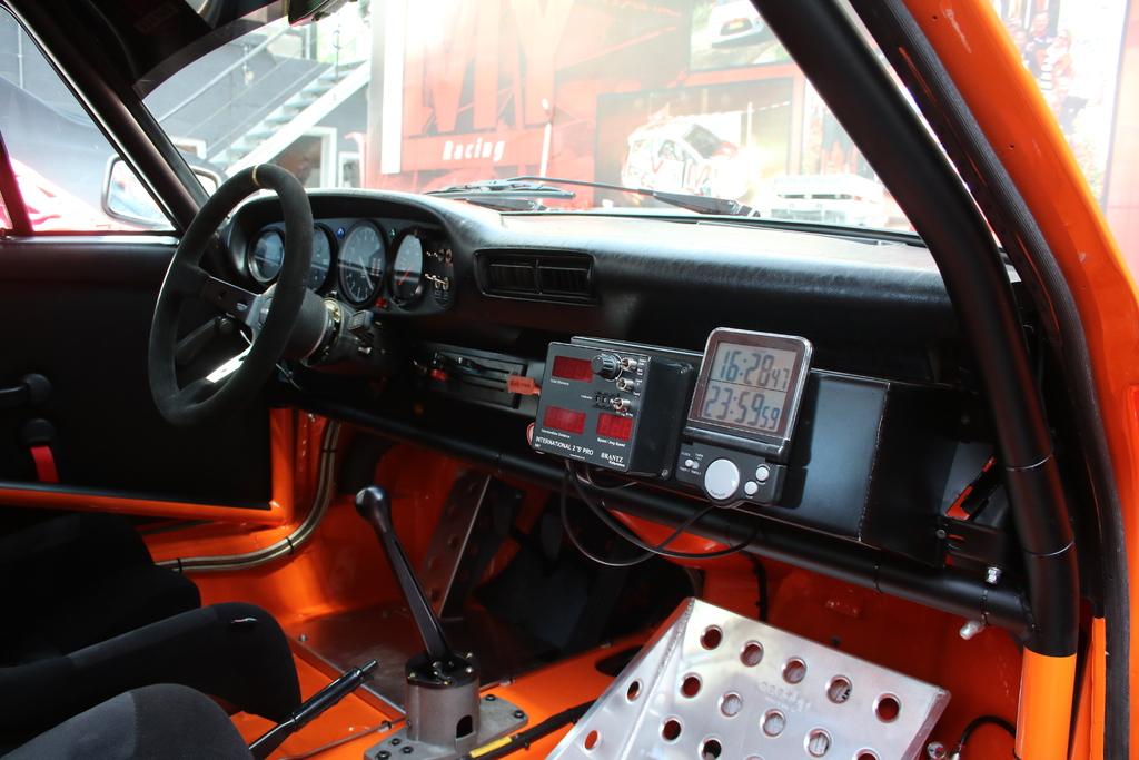 Porsche 911 sc 3 0 rally group 3 vendre voiture for Interieur 911 sc