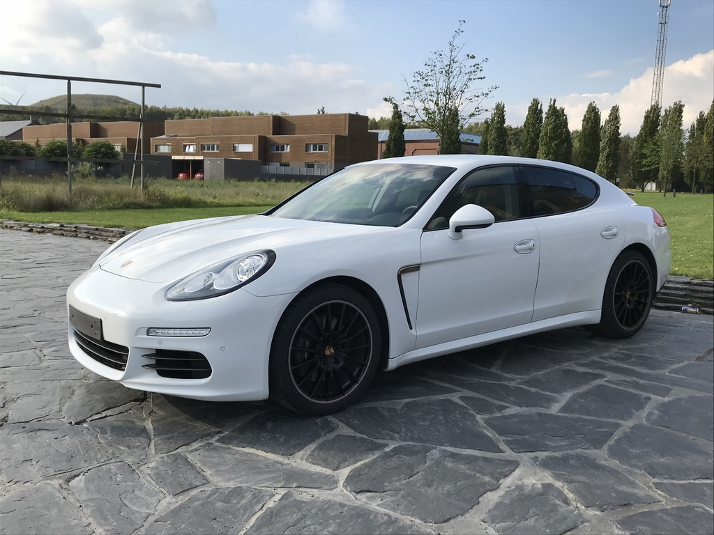 porsche 971 panamera for sale exotic occasion autogespot. Black Bedroom Furniture Sets. Home Design Ideas